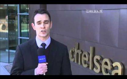 Gary Cahill assina pelo Chelsea