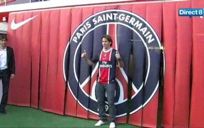 Maxwell (ex-Barça) apresentado no PSG