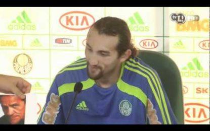 Hernán Barcos desentende-se com jornalista