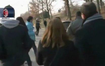 Ibrahimovic quase atropela jornalista