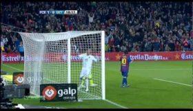 Xavi comemorou mas a bola não entrou