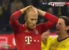 Robben falha penalti e é gozado na cara