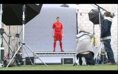 Liverpool troca Adidas pela Warrior