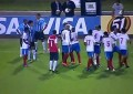 Jogador do Bahia tenta agredir árbitro às escondidas