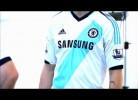 Chelsea apresenta equipamento alternativo para 2012/13