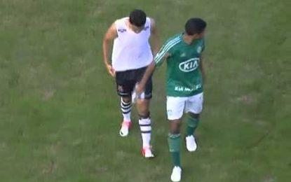 Jogador do Palmeiras recusa oferecer camisa