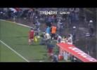 Jogador do Santos agride apanha-bolas