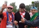 Dois portugueses vendem cerveja no Euro 2012
