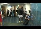 Mario Balotelli rouba lente de fotógrafa