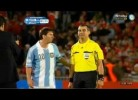 Inacreditável! Auxiliar pede a Messi uma foto!
