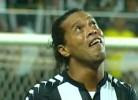 O golaço emocionado de Ronaldinho