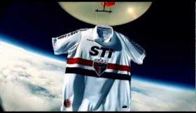 São Paulo envia camisa para o espaço