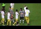 Boliviano faz vénia a Ronaldinho