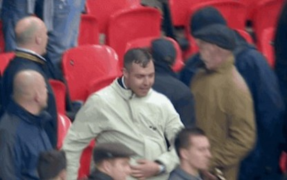 Violência de volta aos estádios em Inglaterra