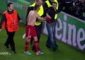 Ribery oferece camisa a adepto que invade Camp Nou