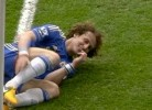 David Luiz ri-se após entrada que valeu a expulsão de Rafael
