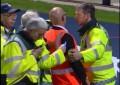 Segurança atropelado por cavalo em Inglaterra