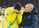 Higuaín lavado em lágrimas após afastamento do Nápoles da Champions