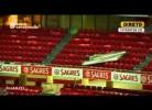 Benfica-Sporting adiado: Lã de vidro e placas metálicas caem da cobertura do Estádio da Luz