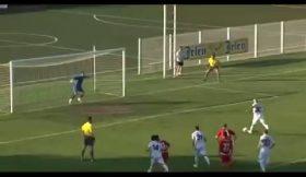 Hesitar no momento de marcar um penalty pode resultar nisto