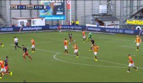 Guarda-redes holandês marca golo da sua área