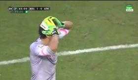 Polémica na abertura de La Liga: guarda-redes do Atlético Bilbau marca no último minuto, mas golo é anulado