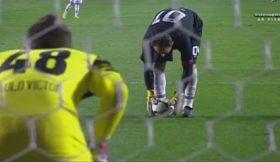 Rogério Ceni marca penálti, falha outro e quase sofre golo de contra-ataque