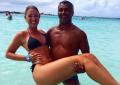 Romário namora com Dixie Pratt, jovem de 19 anos
