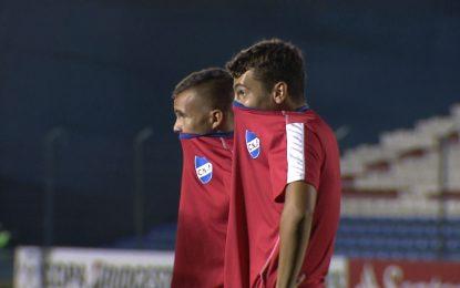 Jogo interrompido devido a gás pimenta num estádio vazio na Libertadores