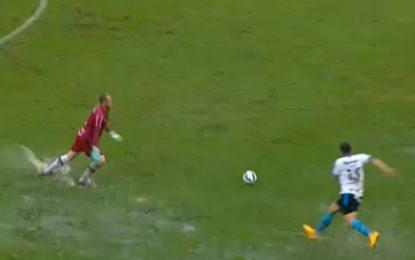 Chuva ajuda avançado a marcar golo no Brasileirão