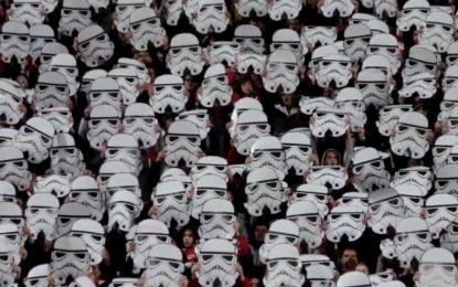 Impressionante coreografia dos Ultras do CSKA Sofia inspirada no Star Wars