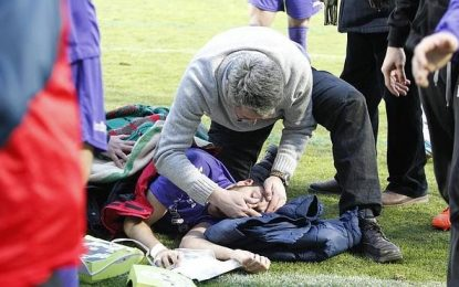 Jogador cai inconsciente e é salvo por médico que assistia ao jogo