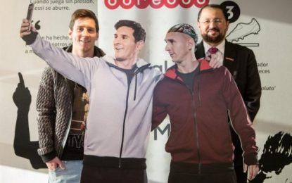 Messi descobre irmão gémeo em novo anúncio publicitário