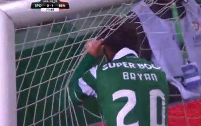 Bryan Ruiz protagoniza o falhanço do campeonato no dérbi