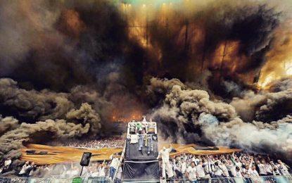 Adeptos do Legia provocam enorme muro de fumo durante final da Taça da Polónia