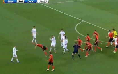 Agressões entre jogadores marcam clássico ucraniano entre Dynamo e Shakthar