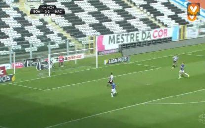 Falhanço do ano em Portugal! Jogador do Boavista falha golo certo