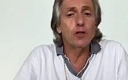 "Jorge Jesus agradece fãs pelo apoio durante teste do ""Coronovírus"""