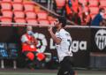 Gonçalo Guedes: desde o meio campo, passa por meia equipa do Osasuna e marca golaço!