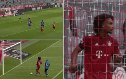 Vídeo: O descuido monumental do avançado do Bayern que está a dar a volta ao Mundo