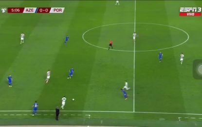 Vídeo: Cancelo a espalhar técnica contra o Azerbaijão